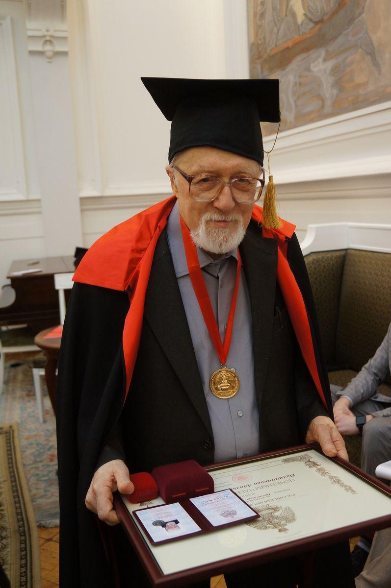 Вручение Диплома почетного члена Российской Академии художеств  События